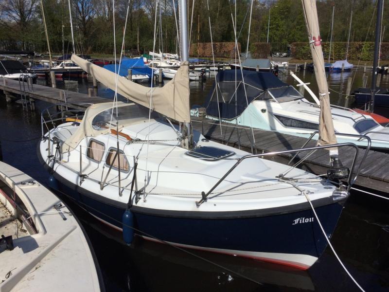 midget yachts 20